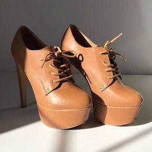 Cognac Platform Laced Boots